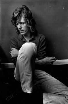 """"""" People are so fucking dumb. Nobody reads anymore, nobody goes out and looks and explores the society and culture that they were brought up in. People have attention spans of 5 seconds and as much depth as a glass of water. """" — David Bowie"""