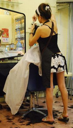 FUN HAIR CUT & more - PHOTOS - BARBERETTES - BARBERETTES IN ACTION