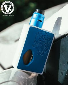 ATTY: Voras RDA MOD: Purge Delrin Squonk Box With the success of the Voras RDA by Vaperz Cloud, customers that own one immediately requested that we take a shot of it on the Purge Delrin Squonk Box by Purge Mods, and it looks pretty clean! The Purge Delrin is the new entry-level squonker for you to test the waters and see what Purge's craftsmanship is all about without digging too deep into your pockets.