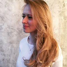 Gro London spectacular blond