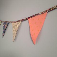 Banderole de 2m de long pour décorer la chambre de bébé