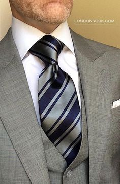 London York Executive Knot Ties are cut to make a more substantial knot for an elegant, powerful loo Gentlemans Club, Dapper Gentleman, Gentleman Style, Mens Fashion Suits, Mens Suits, Man Fashion, Men's Business Outfits, Business Suits, Sharp Dressed Man