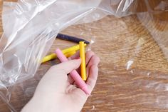 How to Make Crayon Candles (with Pictures) Making Crayons, Candle Making, Bath Bombs, Fun Projects, Recycling, Candles, How To Make, Crafts, Color