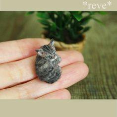 Handmade Miniature Kitten Sculpture by ReveMiniatures.deviantart.com on @DeviantArt