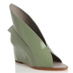 Abcense Peer Green Bean Open Toe Leather Wedge Sandals (€460) ❤ liked on Polyvore featuring shoes, sandals, leather shoes, open-toe mules, leather wedge sandals, mule sandals and green sandals