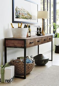Beautiful Entry Table Decor Ideas to give some inspiration on updating your house or adding fresh and new furniture and decoration. Rack Com Puff, Entryway Console Table, Rustic Console Tables, Foyer, Home And Living, Living Room, Sofa Tables, Table Desk, Coffee Tables