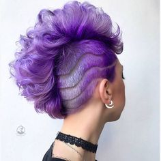 51 Edgy And Rad Short Undercut Hairstyles For Women - Hair Styles - Hair Style Ideas Undercut Hairstyles Women, Short Hair Undercut, Cool Short Hairstyles, Short Hair Cuts, Undercut Women, Side Undercut, Undercut Fade, Men's Hairstyle, Medium Hairstyles