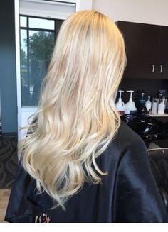 Super hair blonde baylage hairstyles ideas - All For Hair Cutes Blonde Hair Shades, Blonde Hair Looks, Light Blonde Hair, Dyed Blonde Hair, Super Blonde Hair, Blonde On Blonde, Platnium Blonde Hair, Cool Toned Blonde Hair, Sandy Blonde