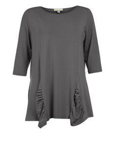 Jerseyshirt mit Raffungen in Grau designed von Isolde Roth in der Kategorie Shirts bei navabi.de