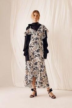 2018春夏トレンドファッション!スカート&ワンピースデザイン最新情報をお届け!   lansfactory