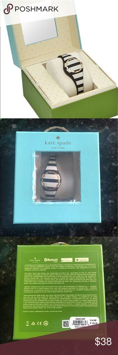 "Kate Spade black and white activity tracker NIB BRAND NEW in Kate Spade Box w/manual. Fits most wrist sizes up to 6.89"" This kate spade new york tracker notifies you of important dates, and you can use it to take a selfie or amp up your exercise playlist. Wireless Syncing gold-tone and black-and-white stripe Water Resistant Bluetooth Model Number: KSA31207 Measures Calories burned, Distance traveled, Steps taken Series: scallop Android, Apple iOS LED Light. Replaceable battery lasts up to 6…"