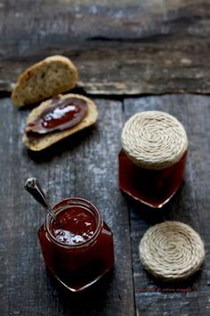 Dulceata de ardei iute Meals In A Jar, Food And Drink, Gem, Kitchen, Guilty Pleasure, Recipes, Jars, Canning, Cooking