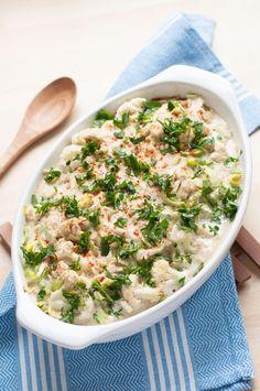 Vegan Cauliflower Leek Casserole with Garlic Cashew Sauce - Vegan Family Recipes #dinner #comfort food