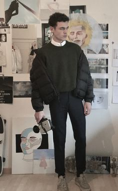 Full on black w/ the jumper, coat and trousers