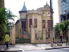 Paulistano, Building Concept, Vintage Architecture, Amazing Buildings, Old Pictures, Art Nouveau, Old Houses, Past, Beautiful Places