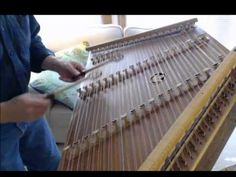 ▶ Vivaldi's Winter Largo from the Four Seasons, on hammered dulcimer by Timothy Seaman - YouTube