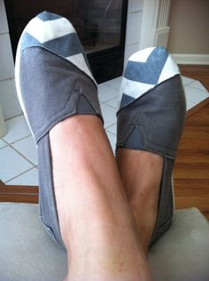 How to Patch and Stylishly Cover Holes on Your Toms// I can't afford new toms so will have to patch my old ones!