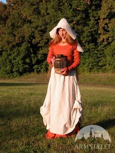 Medieval costume natural flax medival dress, skirt and head. This costume is our version of European medieval country costume. Medieval Hats, Medieval Costume, Medieval Dress, Medieval Clothing, Medieval Times, Larp Costumes, Linen Apron, Linen Skirt, Country Costumes