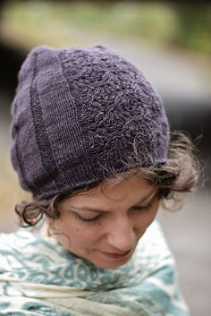 Ravelry: Sleepy Hollow Hat pattern by Irishgirlieknits, also available matching fingerless gloves