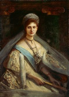 Russian Royalty. Empress Alexandra of Russia. See how the dress inspired Anastasia's dress in the movie :)