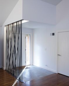 bright-wall-rope-dividers