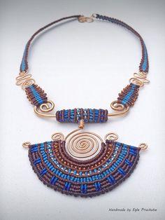 Handmade Jewelry Fiber Statement Necklace por ThousandKnots en Etsy: