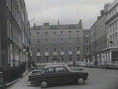 Examples of Georgian architecture filmed around the St Stephen's Green area of Dublin for the programme 'Late Extra' in Old Pictures, Old Photos, Gone Days, Dublin Street, Georgian Architecture, Old Photographs, The St, Folklore, Revolution