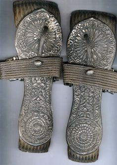 India | Beautiful silver and wood sandals | 19th century