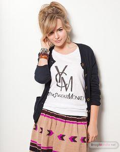 Bridgit Mendler is so freaking cute!
