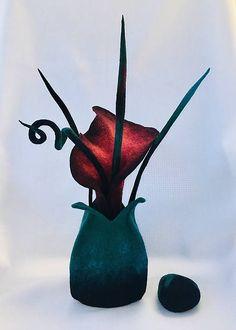 Plstená bordová kala v plstenom košíku - Váza / PassionFelt - SAShE. Making Out, Merino Wool, Snowman, Disney Characters, Fictional Characters, Felt, Bird, Handmade, Animals