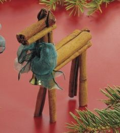 The spicy scent of this Cinnamon Stick Reindeer Craft project will bring the fragrance of holidays into your home. Homemade Christmas Tree, Christmas Ornaments To Make, Christmas Love, Craft Stick Crafts, Christmas Projects, Handmade Christmas, Holiday Crafts, Craft Ideas, Christmas Decor