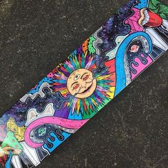 hippie painting ideas 341218109269639138 - Psychedelic sun skateboard – – Source by selindej Painted Skateboard, Skateboard Deck Art, Skateboard Design, Trippy Drawings, Psychedelic Drawings, Art Drawings, Diy Skate, Skate Art, Hippie Painting