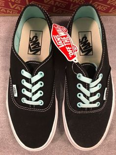 361f7bd32121 New With Box Vans Authentic Shoes Mens Size 6 Womens Size 7.5  fashion