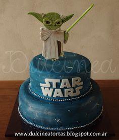 Torta Star Wars - Yoda: Toda la decoración fue realizada artesanalmente en…