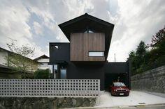 生駒のgarage hause: 田中一郎建築事務所が手掛けたtranslation missing: jp.style.家.eclectic家です。