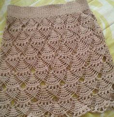 Saia de croche!   #saia #croche #crochet #crochetlove #crocheting #art #crocheted #agulha #crochetcushion #crochetaddict #artesanato #instacrochet #mulher #modafeminina #moda #modacrochet #crocheterapia #crochetart #crochetando #modaestilo #estilo #diva #look #luxury #bege #chechê #saias #saiacroche #feitopormim #crochetando by crocheteirasdluxo