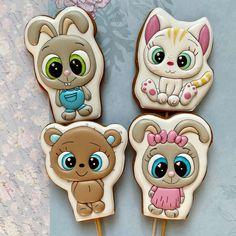 Dinosaur Cookies, Man Cookies, Cookie Icing, Cookie Decorating, Cupcake Cakes, Gingerbread, Halloween, Sweet, Desserts