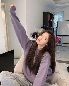 Korean Girl Style, Korean Beauty Girls, Pretty Korean Girls, Korean Girl Fashion, Cute Korean Girl, Ulzzang Fashion, Korean Street Fashion, Asian Girl, Girl Photo Poses