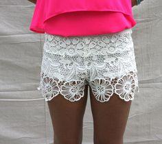 Scalloped crochet white shorts