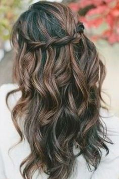 Wedding Hair Ideas You Can Do Yourself | Daily Makeover. Simplified waterfall braid