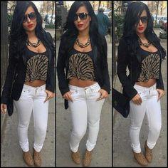 Fashion: pants Amrezy outfit. White pants. Black crop top. Black blazer.