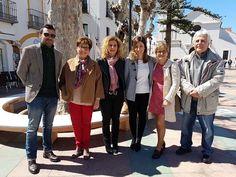 En Nerja tanto la Alcaldesa Rosa Arrabal como las dos Diputadas del Parlamento Andaluz, Nieves Ramírez y Marisa Bustinduy, hacen declaraciones en favor de nuestros Jubilados y contra la politica del Presidente Mariano Rajoy en cuanto a las pensiones se refiere.
