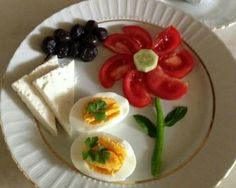 funny food – creative food prepared for young and old - Modern Cute Food, Good Food, Yummy Food, Baby Food Recipes, Cooking Recipes, Healthy Recipes, Healthy Food, Food Art For Kids, Childrens Meals