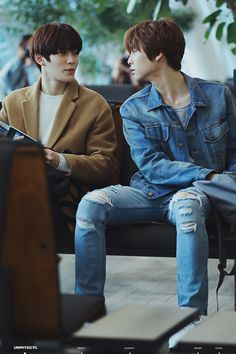 Jaehyun & Johnny cr.@unphysicalo