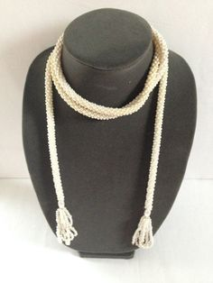 vintage long pearls necklace by yenivintage