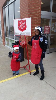 Clarksville Zetas are our ringing the bell today and have a Precious Pearlette joining them! — with Stephanie LaShawn.