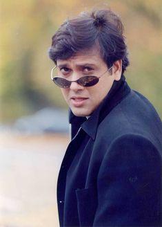 Bollywood Stars, Bollywood Fashion, Actor Govinda, India Actor, Bollywood Wallpaper, Salman Khan Photo, Birthday Photo Banner, Kali Ma, Cute Love Pictures
