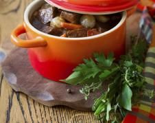 Beef Mode or Beef carrots a good classic simmered in winter .- Beef Mode or Beef carrots a good classic simmered in winter, it is even better reheated Cooking recipes and dishes - Corned Beef Recipes, Meat Recipes, Cooking Recipes, Zucchini Chips, Kfc, Chinese Beef Recipes, C'est Bon, Stew, Dessert