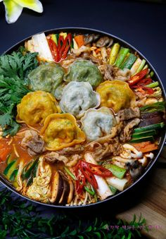 Korean Dishes, Korean Food, Food Porn, Paella, Food Inspiration, Cravings, Curry, Food And Drink, Yummy Food