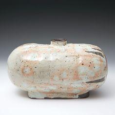 Lee Kang-hyo Oval Bottle